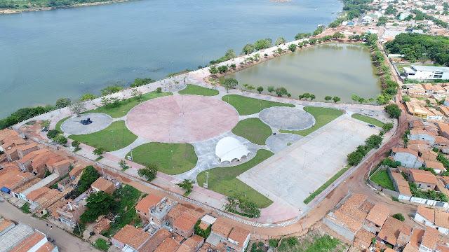 Governador Flávio Dino possivelmente fará o show em comemoração ao aniversário da cidade, na beira-rio!!!