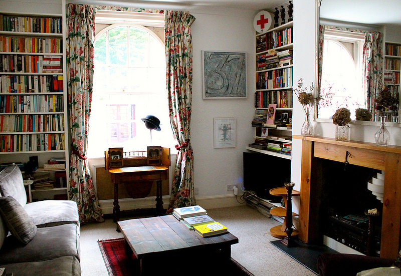An Airbnb adventure in Bloomsbury, London   Oyster & Pearl