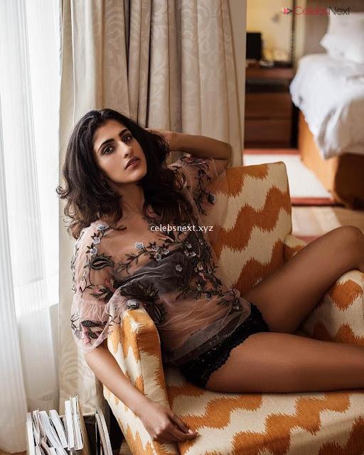 Kub Sait Desi Indian Model in Sizzling Bikini Pics   July 2018  Exclusive Pics 002.jpg