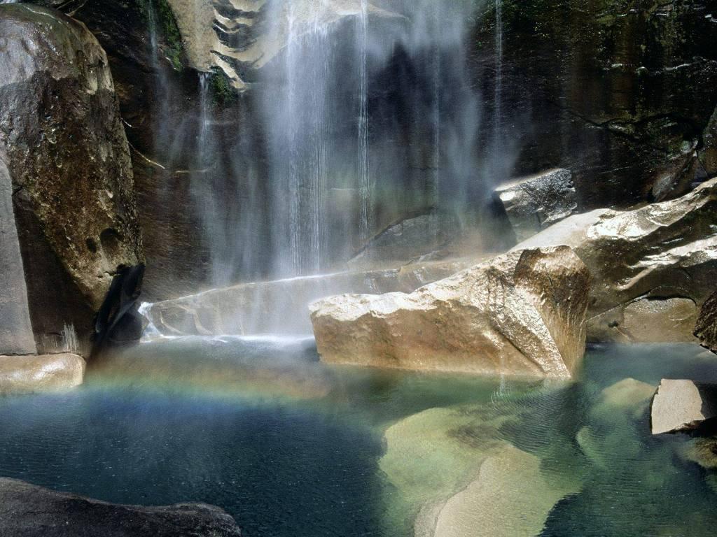 garwin falls photograph juergen roth