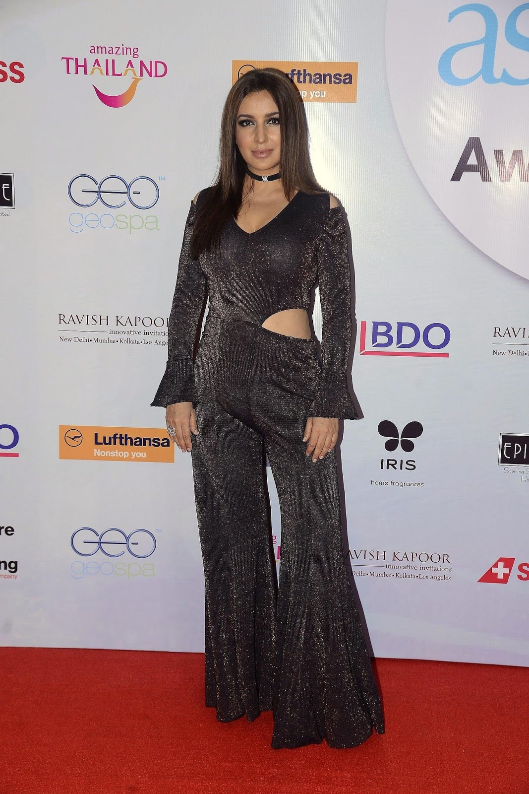 Divya Khsola in Transparent Black Saree with sana Khan and Tisca Chopra at A Bollywood Party WOW