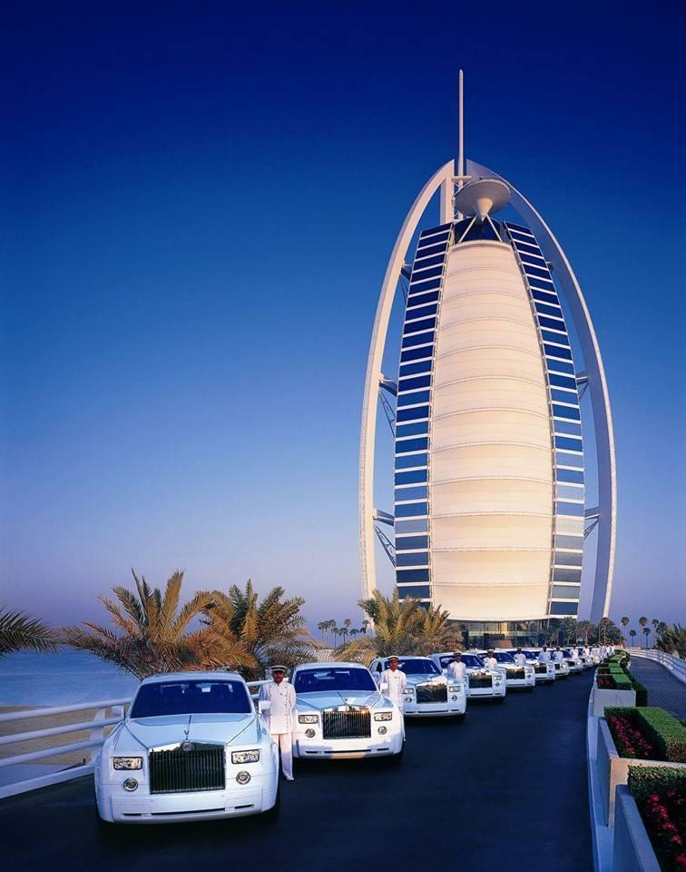 9 Beautiful Places In Dubai You Must Visit Before You Die Uae Dubai Metro City Streets Hotels