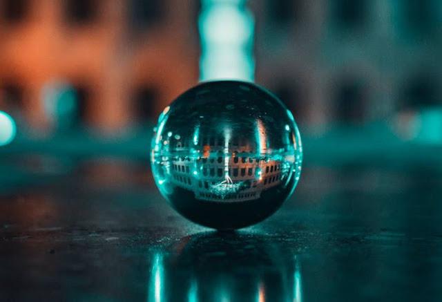 malabarismo bolas de cristal ambiente de leitura carlos romero