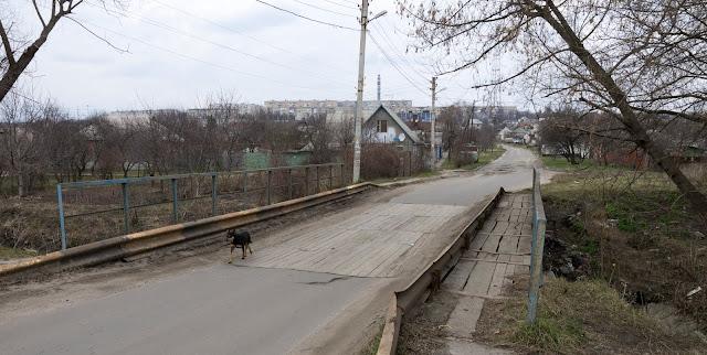 місток через річку Немишля