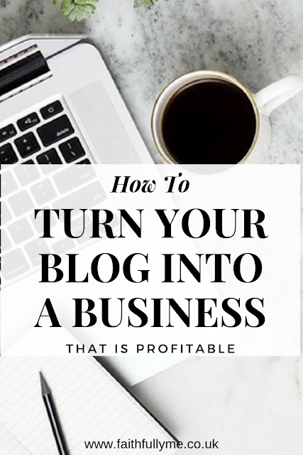 the best tips to build a business from a blog
