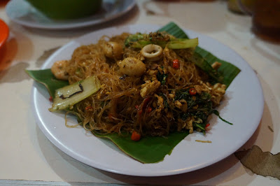 """Bihun Goreng Seafood """"Fresh Food Purnama"""""""