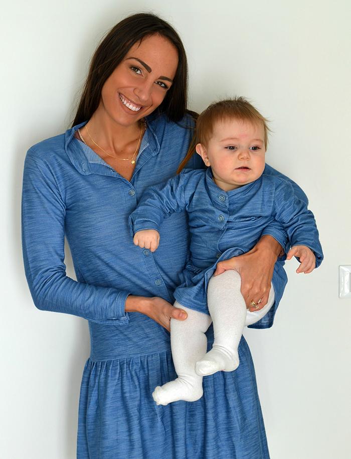abito uguale mamma figlia