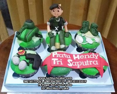 Birthday Cupcake Tentara dan Tank