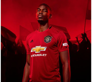 a7b3241fb95 MANCHESTER UNITED DROP THERE HOME KIT FOR THE UP COMING SEASON WITH  DETAILING TREBLE WIN BEFORE 20 YEARS