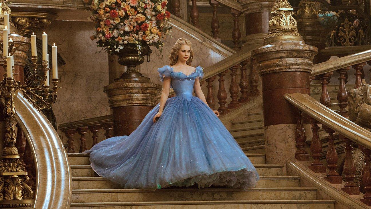 Disney Inspired Outfits Belle El baúl de la rei...