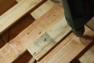 Pallet Wood Driveway Gates - vertical slats