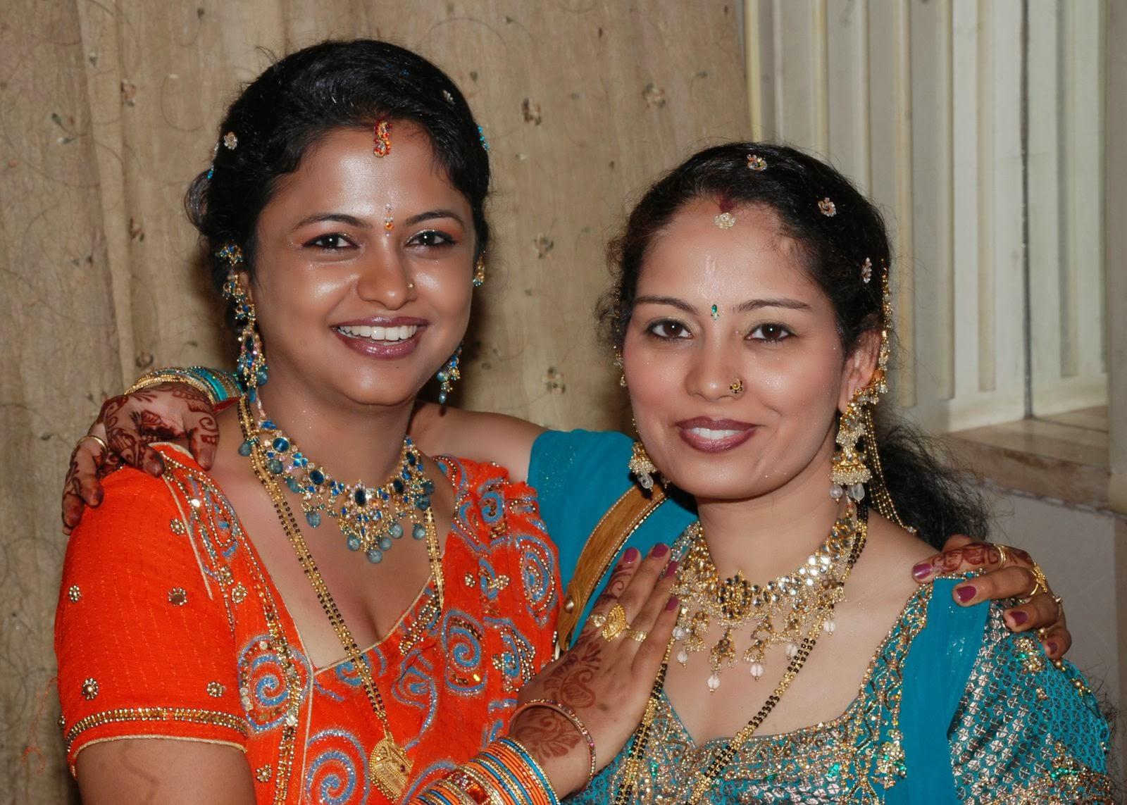 22 punjabi bhabhi in pink salwar suit selfie wid moans - 5 8