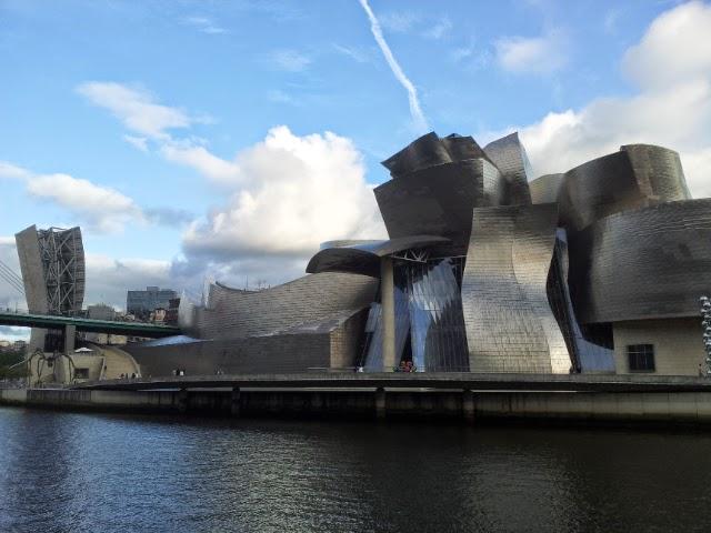 Guggenheim Museum Jewish Bilbao tour