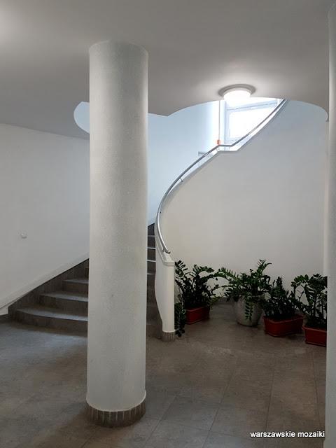 klatka schodowa Warszawa Warsaw kamienica Bagińskich architektura funkcjonalizm