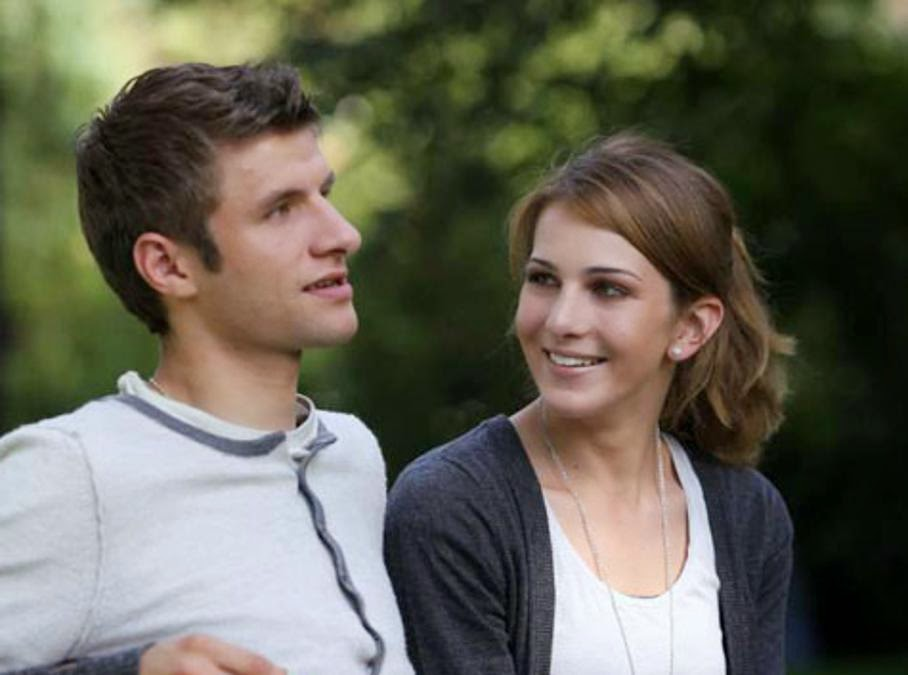 Image result for Thomas Muller's girlfriend