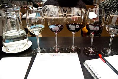 viinikassi, viinitasting