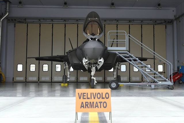 Italian F-35 defend national airspace