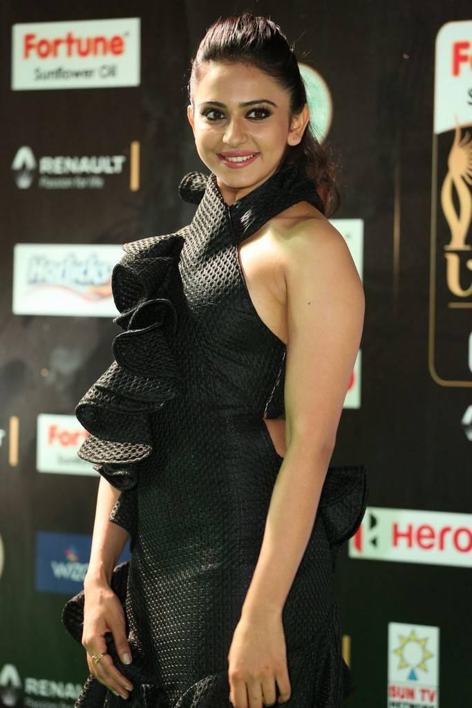Telugu Actress Rakul Preet Singh At IIFA Awards 2017 In Black Dress