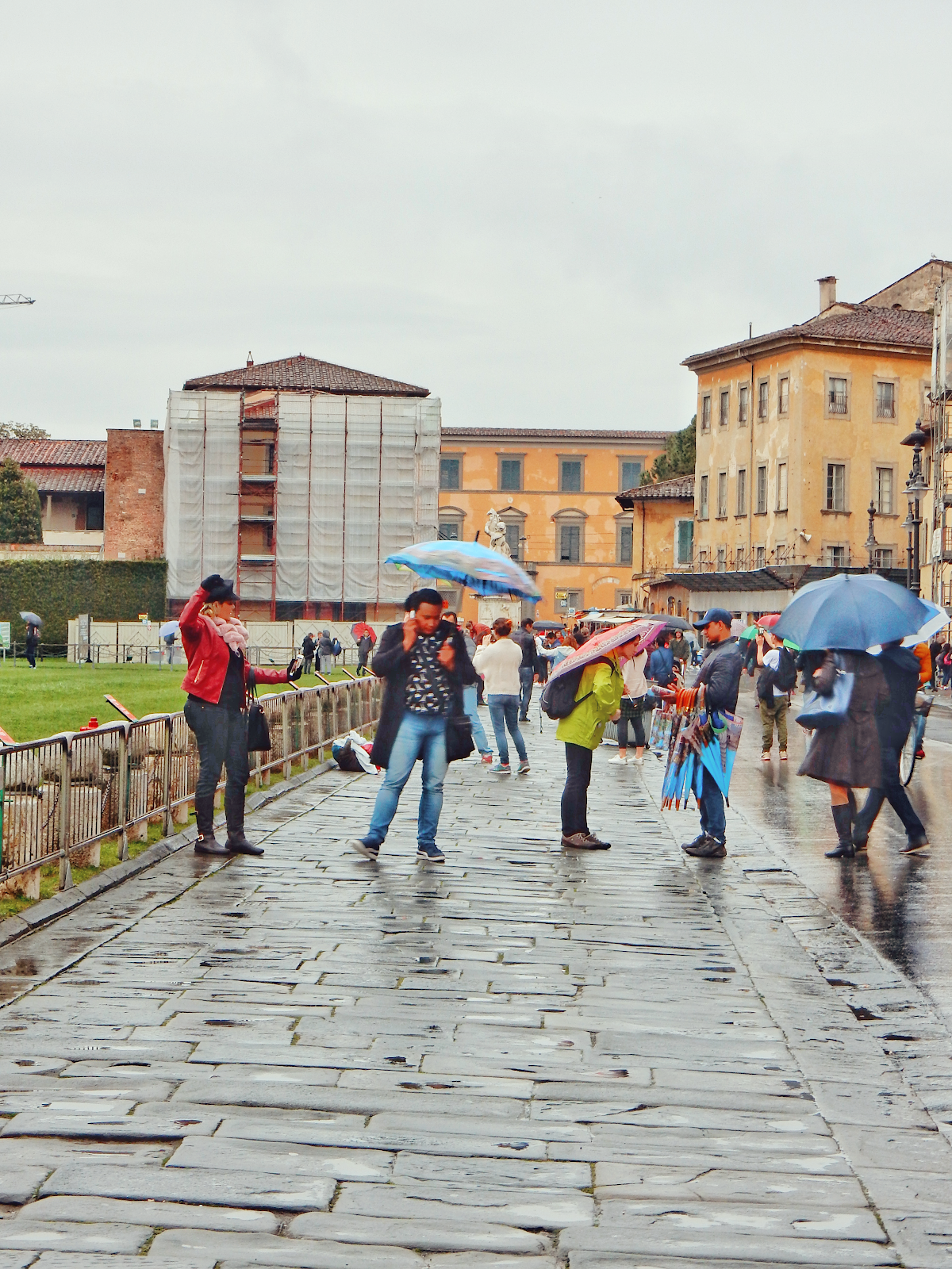 sightseeing in pisa italy