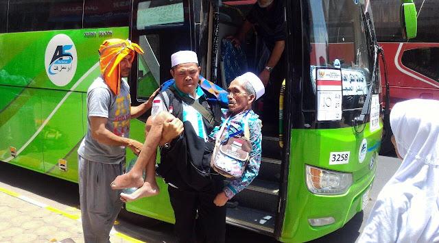 Dituding Telantarkan Jamaah Haji, Begini Tanggapan Petugas Haji Indonesia