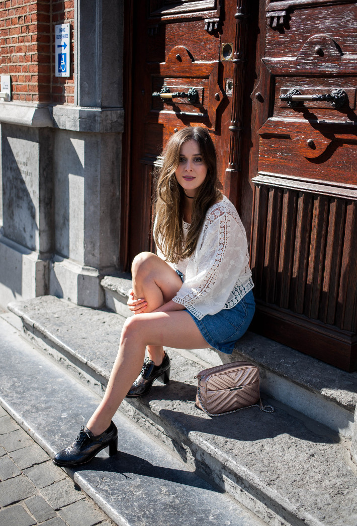 Outfit: crochet blouse, button down denim skirt and chunky heeled brogues