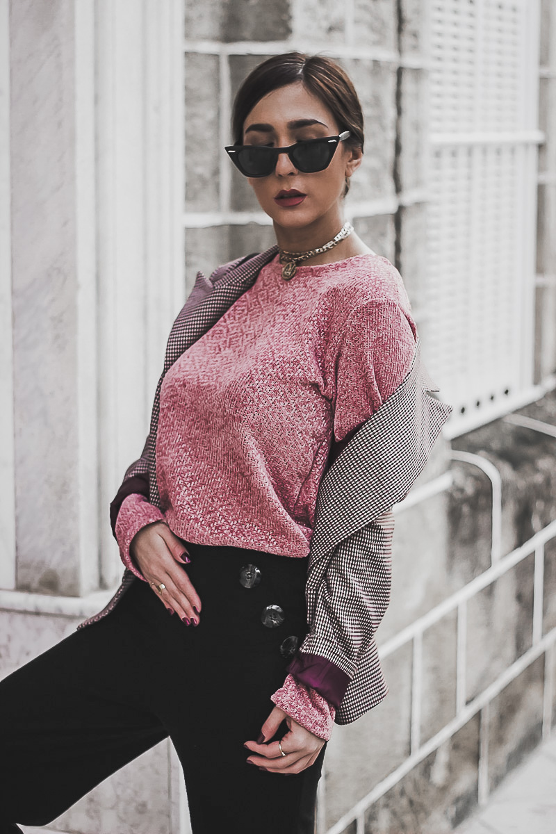 pink sweater armonías