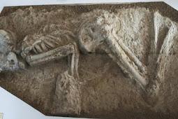 7000年前の女性の人骨