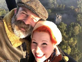 Apakah Anda akan membeli dan merenovasi properti di Prancis? Escape to the Chateau couple meluncurkan acara TV baru untuk membantu orang lain mengikuti jejak mereka