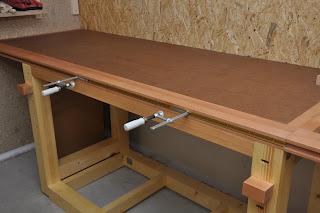 holz notizen werktisch die erste. Black Bedroom Furniture Sets. Home Design Ideas