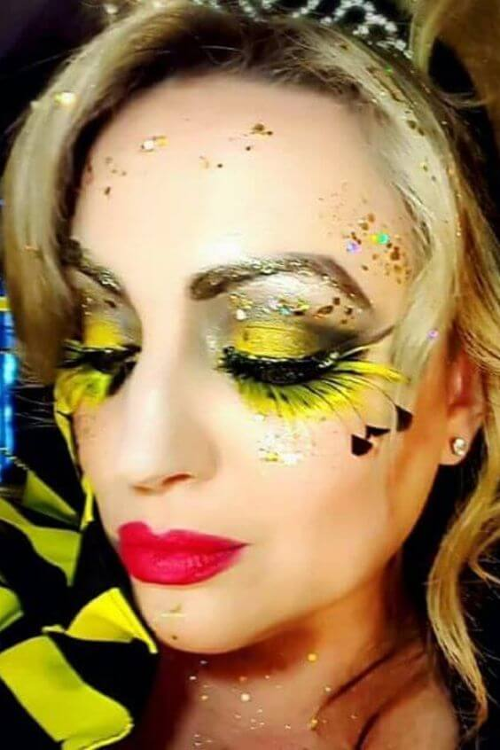 so you should be searching for what Bumblebee Makeup you are going to make 23 Unique Bumblebee Makeup For Halloween We've Ever Seen