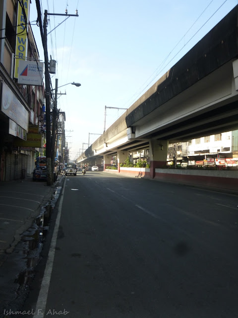 Somewhere along Rizal Avenue