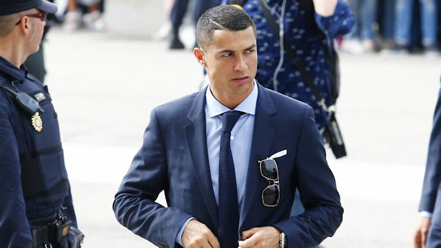Kì kèo tiền phạt thuế, Cris Ronaldo hầu tòa lần 2?