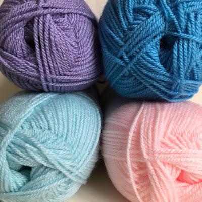 Painbox yarns in pastel