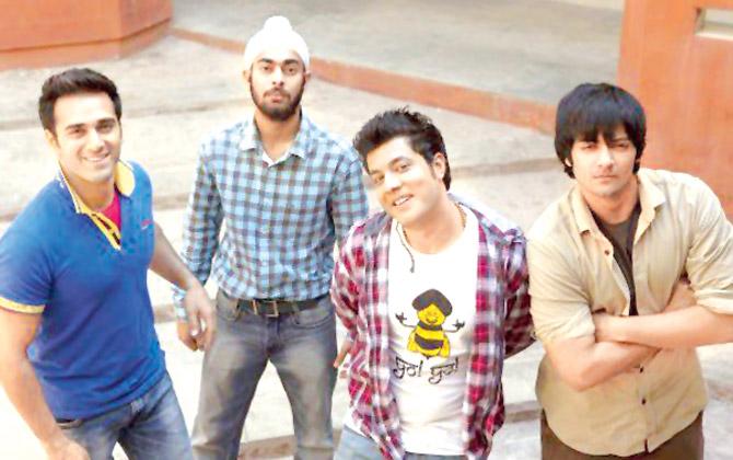 Pulkit Samrat, Varun Sharma and Richa Chadha Hindi movie Fukrey 2 2017 wiki, full star-cast, Release date, Actor, actress, Song name, photo, poster, trailer, wallpaper