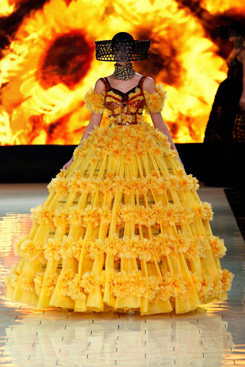 Carrie S Design Musings Mcqueen Bee