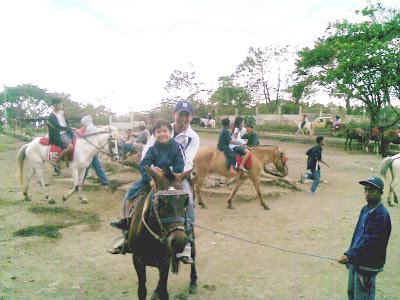 HORSE BACKRIDING TAGAYTAY
