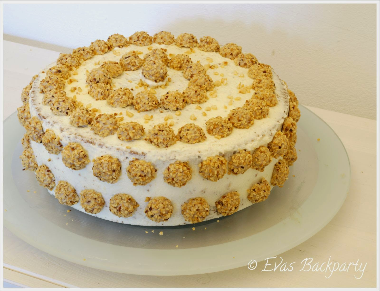 Evas Backparty : leckere, nussige Giotto-Torte  Evas Backparty ...