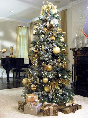 Dekorasi Pohon Natal Paling Indah