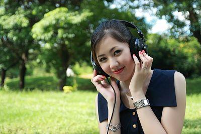 15 Manfaat Mendengarkan Musik yang Mengagumkan