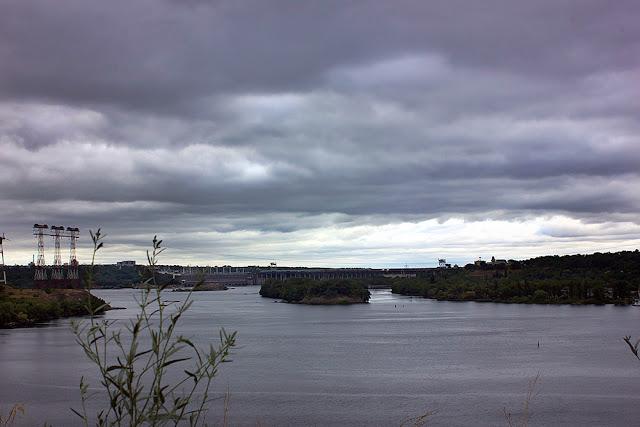 Запорожье, Днепрогэс, остров Хортица