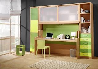 dormitorio cama abatible con puertas y escritorio