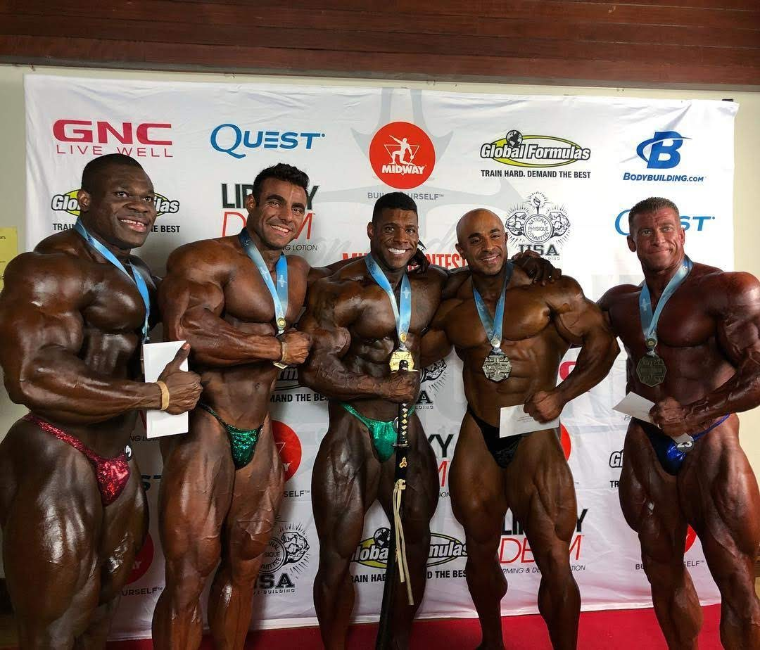 Rafael Brandão entre os vencedores do California State Pro 2018. Foto: Muscle Contest International