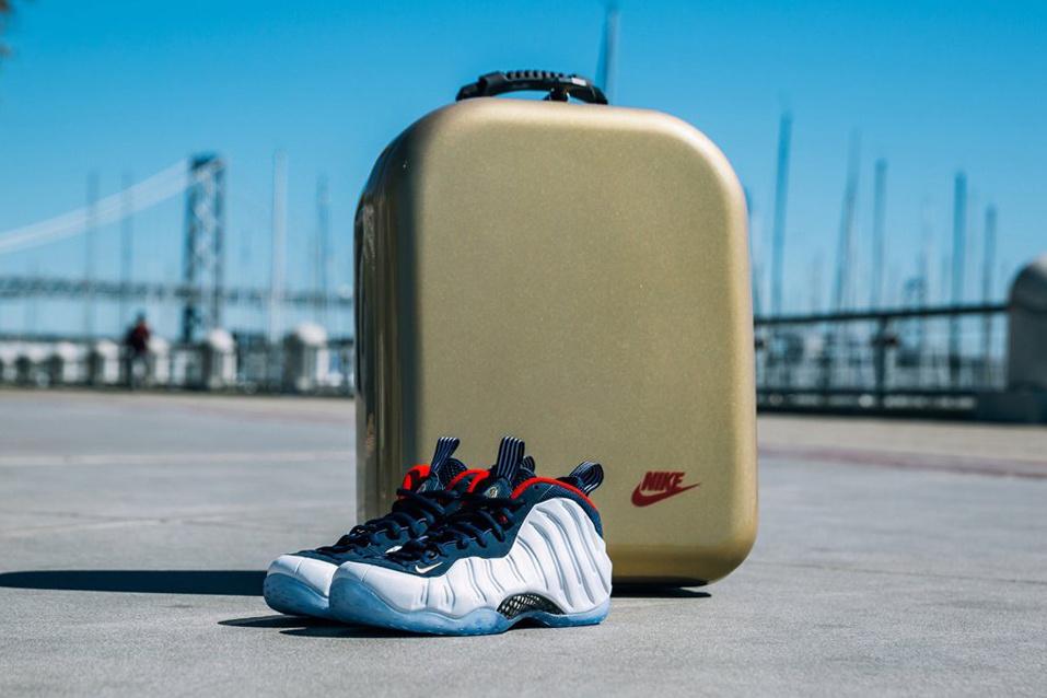 buy popular 5d705 d9753 Nike+  SNKRS presents GOLDEN AIR. https   t.co NcMz5ToXpA  pic.twitter.com bI2EJ9KRk7