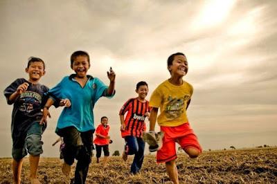Selangkah Harumkan Negeri Dengan Mendukung 33 Juta Anak Bangsa