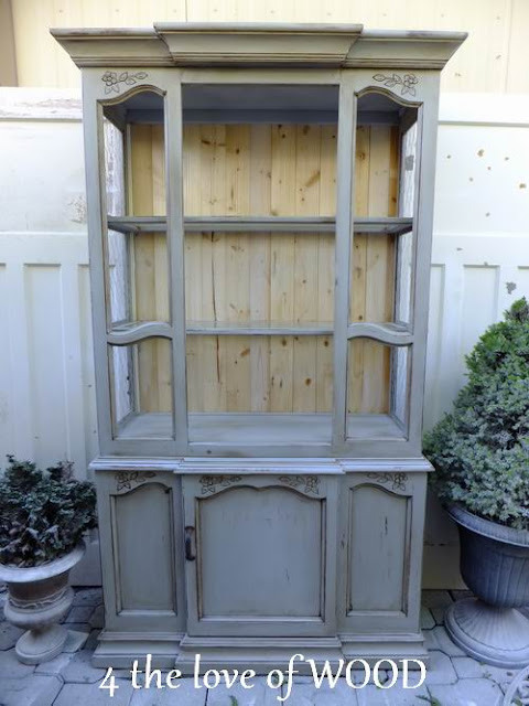 White And Grey China Cabinet