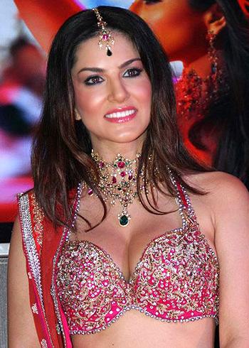 Sunny Leone Real Photos