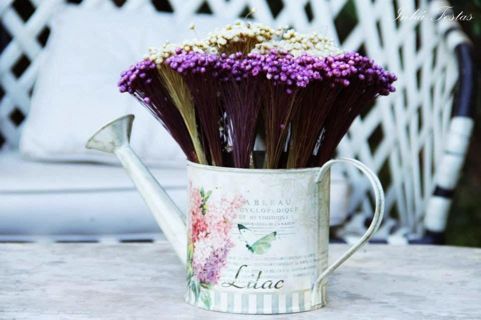 festa-decoracao-romantica-mesa-bolo-flores