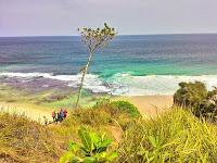 Pantai Watu Lumbung Pantai Indah Di Ujung Tulungagung