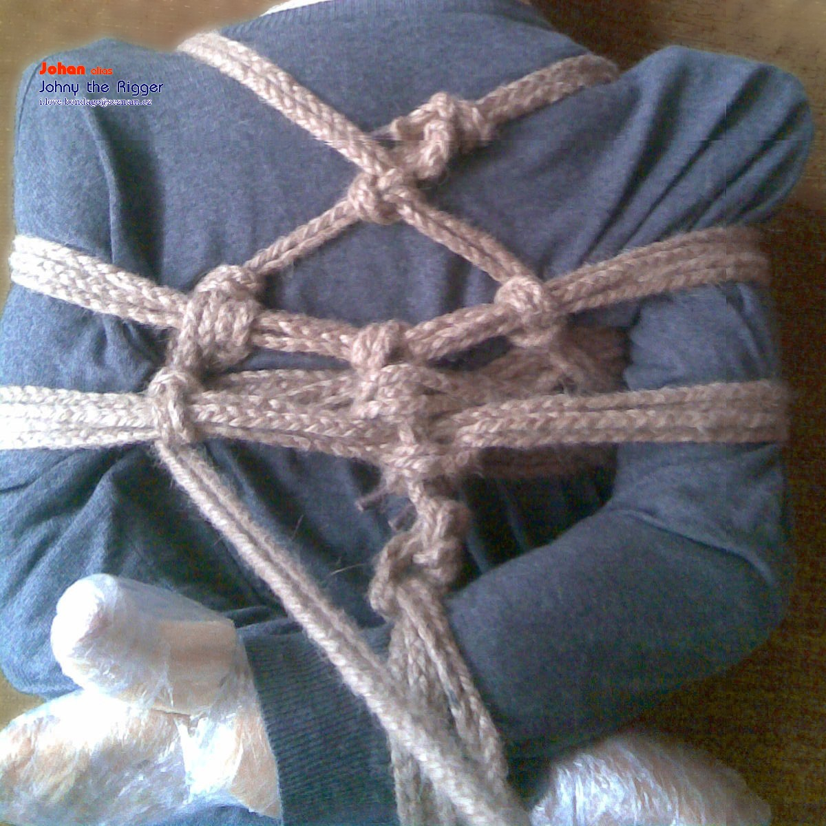 the Erotic and rope knots learnign bondage