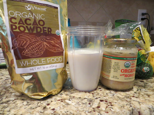 Easy Homemade Chocolate or Vanilla Milk (Quick, Healthy, Natural)